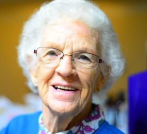 2017-10-29 18_48_36-Free stock photo of adult, elder, elderly