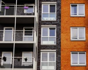 2018-01-01 15_31_46-Free stock photo of apartment, architecture, balcony