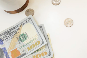 2019-02-15 21_49_01-Money Styled Stock Photo photo by Katie Harp - Pinterest Manager (@kharp) on Uns