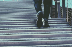 2019-06-16 09_34_09-Man Walking on Gray Stairs · Free Stock Photo