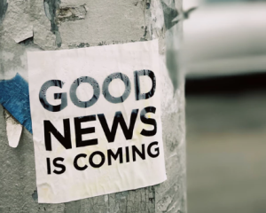 2019-08-17 08_44_53-Good news is coming _ HD photo by Jon Tyson (@jontyson) on Unsplash