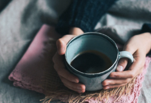 2019-12-12 21_00_10-person holding green mug photo – Free Coffee Image on Unsplash