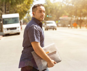 2020-01-02 19_55_23-Man Holding Folder Crossing the Road · Free Stock Photo