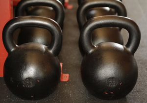 2020-01-30 19_04_26-Black Kettle Bell Lot · Free Stock Photo