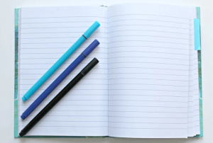 2020-04-05 23_03_36-Opened Notebook With Three Assorted-color Pens · Free Stock Photo