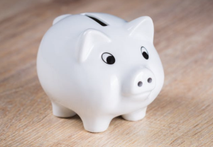 2017-05-07 12_48_11-White Piggy Bank on Brown Wooden Surface · Free Stock Photo