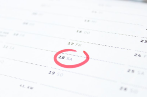 2017-12-20 09_20_58-Tilt Photography of Calendar Schedule Number 18 · Free Stock Photo